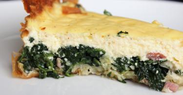 Hartige taart met spinazie en ricotta