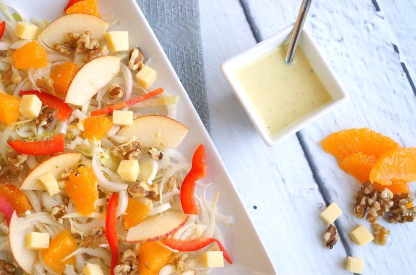 Witlofsalade met walnoten en sinaasappel