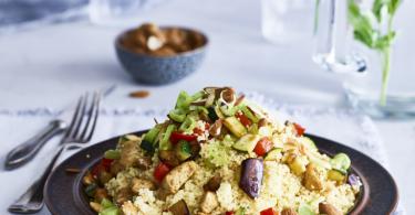 Couscous lunchsalade met kip en ras el hanout
